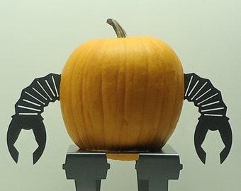 Robo Pumpkin JackOLantern Metal Art Robot Arms - Free USA Shipping