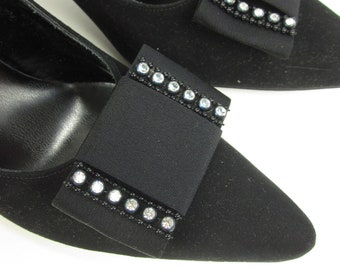 Vintage 1960s Womens Size 9N Shoes / 60s Troylings by Seymour Troy Black Suede and Rhinestone Bow Pumps VGC / Pin-Up Glamour