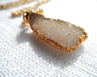 Druzy necklace - off-white druzy necklace -gold necklace - druzy and gold - D R U Z Y 106