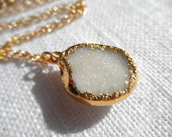 Bright white druzy - druzy necklace - snow white druzy necklace - gold necklace - D R U Z Y 198