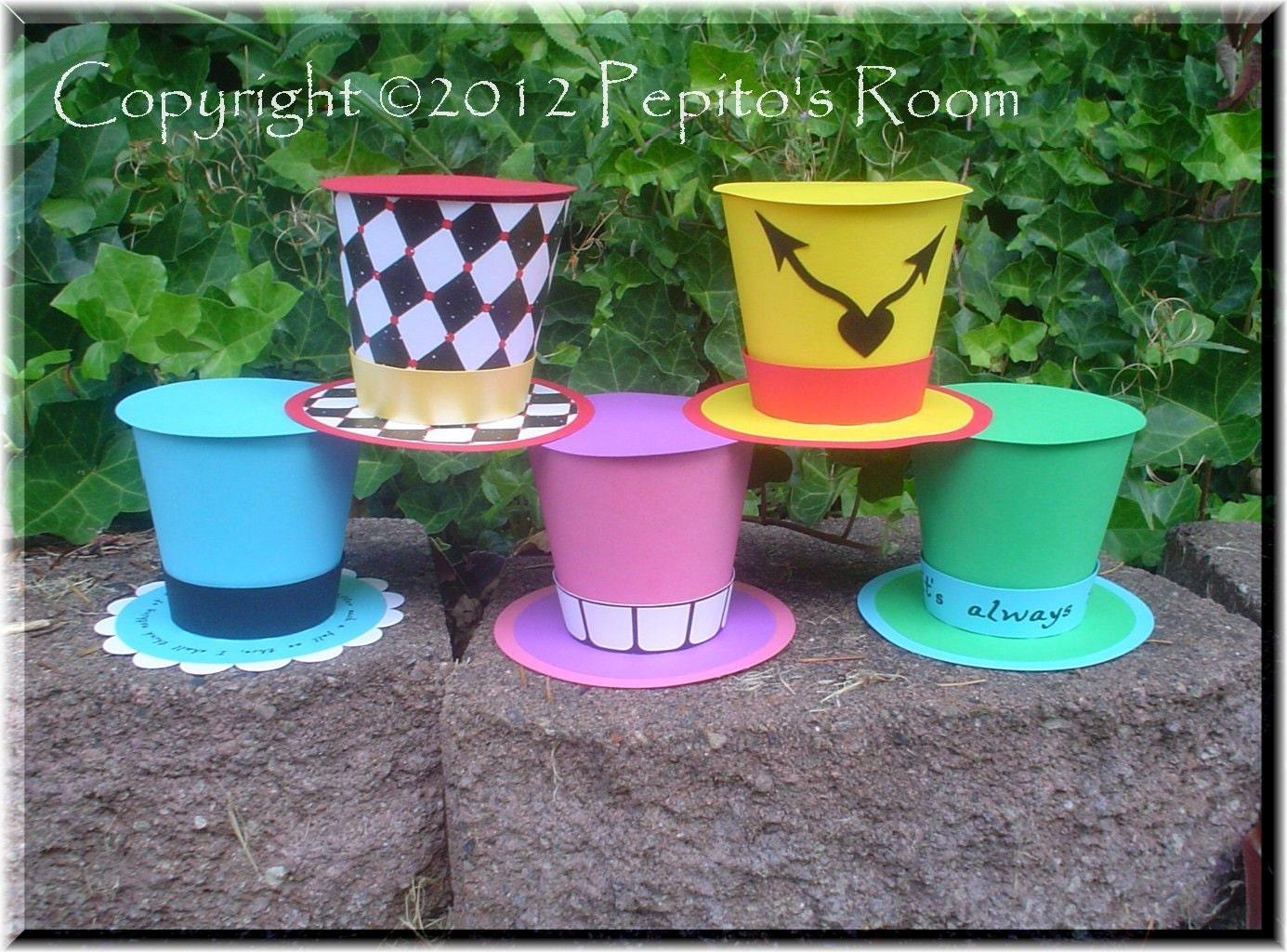Print-INK Alice In Wonderland Top Hat Set 5 Party Hat