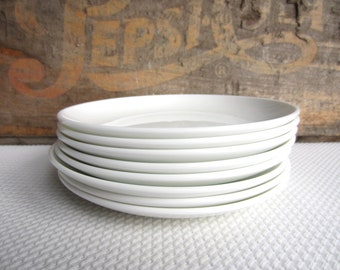 Vintage White Coupe by Corning Bread and Butter Plates set of 4
