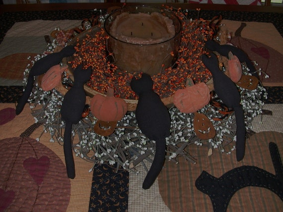 Fun Fall Halloween Primitive Black Cats Pumpkins Garland Decoration / Wall Hanging / Display