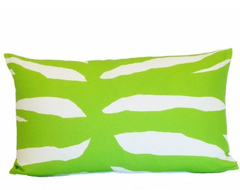 green zebra pillow cover home decor linen throw 16x26 graphic flea market trixie