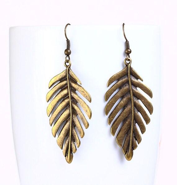 Sale Clearance 20% OFF - Antique brass leaf drop earrings (539)