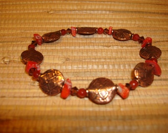 7 in. Copper and Coral Bracelet
