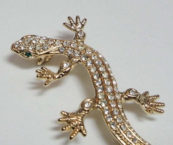SALE Vintage Chameleon, Lizard, Gecko, 1970's Brooch, Pin, Gold Tone with Rhinestones And Emerald Green Eyes, FUN