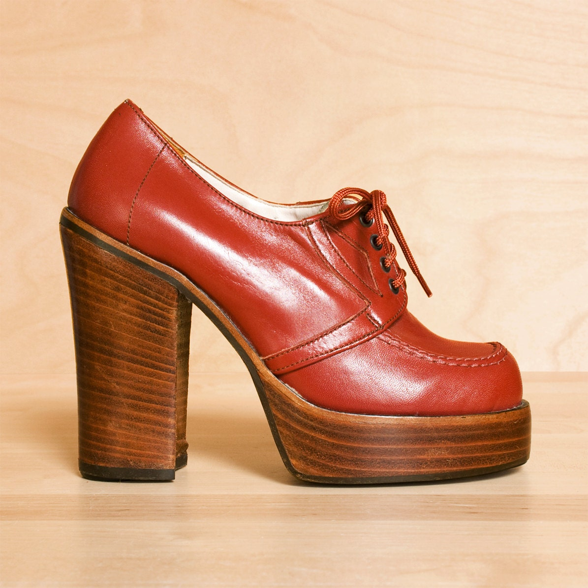 Vintage 1970s Platform Shoes Made by by purevintageclothing@Share ...