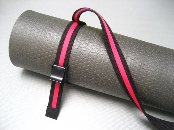Strap a Mat  YOGA MAT SLING Tote & Yoga Strap in Black Webbing  /  Hot Pink Ribbon