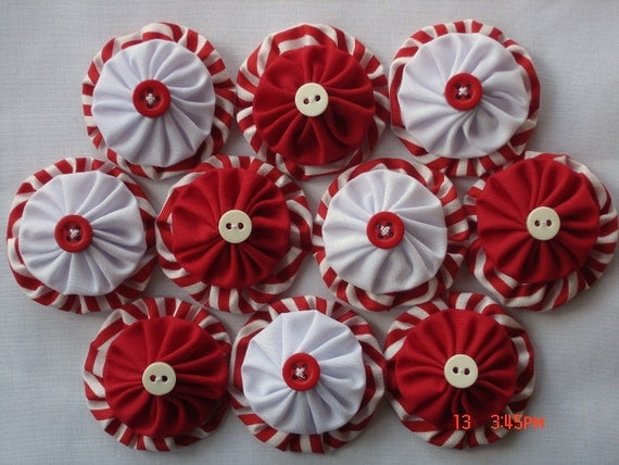 Peppermint Fabric yo yo Applique Embellishment Christmas Decoration