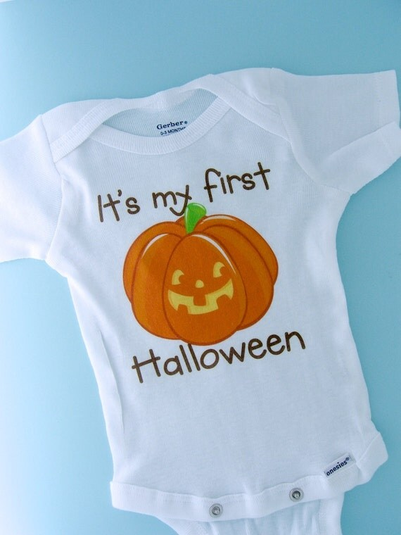 Baby's first Halloween Outfit Onesie outfit or Shirt, 1st Halloween Shirt or Onesie outfit, Cute Pumpkin Shirt outfit (08252011a)