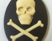 SALE! Skull and Crossbones Cameos 40x30mm, set of 4 in Ivory on Black