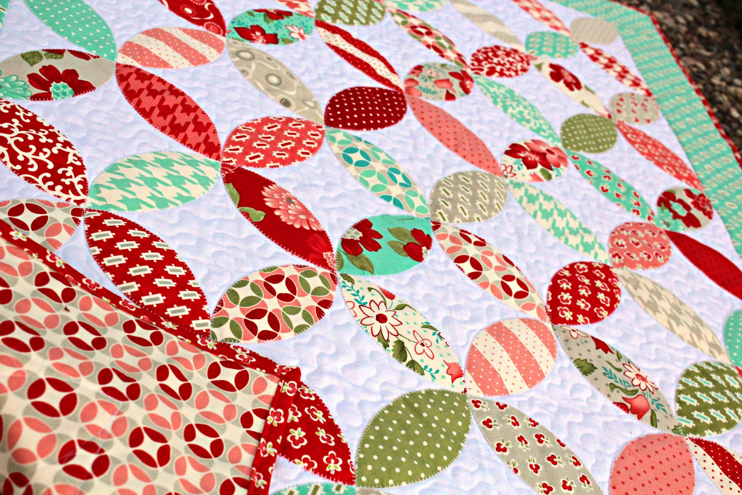 Applique Circles Baby Quilt In Vintage By Frivolousnecessity