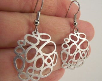 Silver Bubble Earrings, Organic Circle Silver Earrings, Silver Medallion Earrings, Round Earrings, Gift for her, Gift under 30
