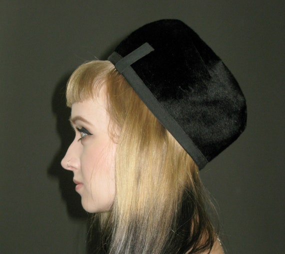 Vintage Black Faux Fur HAT, Vera Whristler Originals, 1960s