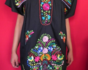 Mexican Black Traditional Tunic Embroidered Handmade Elegant Party Medium / Large