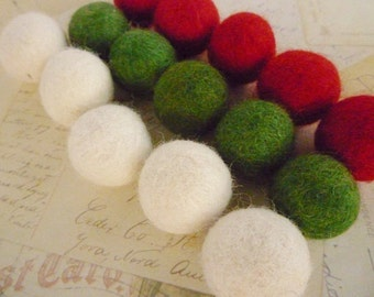 Felt Balls x 30 - Red, Green and White - 2cm - Christmas colours