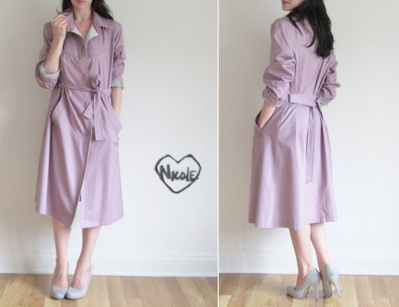 r e s e r v e d lilac trench coat . 1970 trench dress . pale gray lining .small.medium