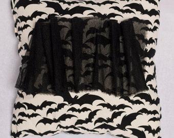 Bats - Kawaii Square Black / White Pillow