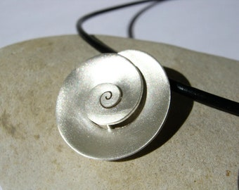 Nautilus pendant - Sterling Silver