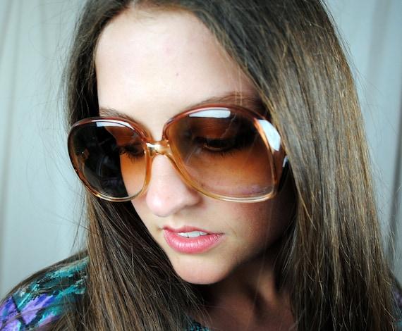 Vintage Big 80s Gloria Vanderbilt Sunglasses