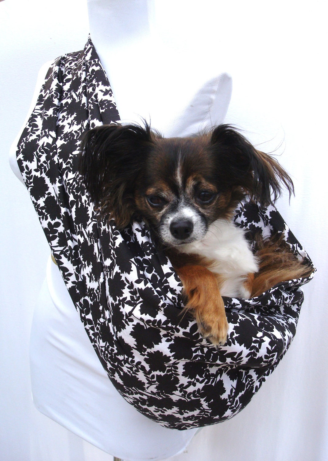 Pet carrier dog sling black and white floral pattern shoulder - Dog carrier sling pattern ...