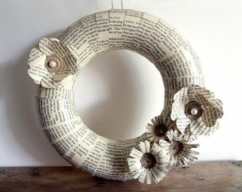 Wreath Paper Home Holidays Decor Books Recycled Pale Neutral