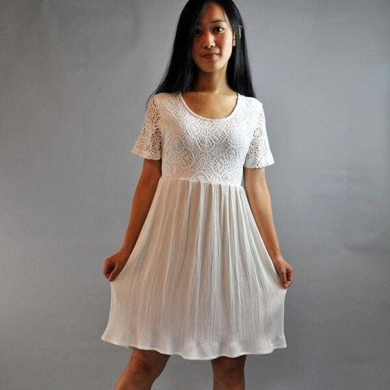 80s dress Lace BABYDOLL DRESS / white lace by rockstreetvintage