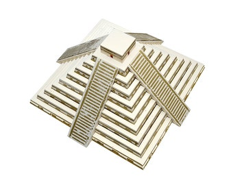 Mayan Pyramid, assembled model with printed steps in gold color || great for interior decoration and as a centerpiece
