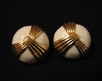 Vintage MJENT Gold Tone and Creamy White Enameled Round Puffy Pierced Earrings