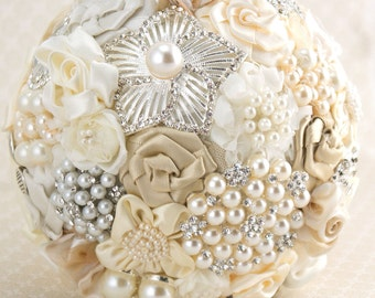 Brooch Bouquet, Champagne, Tan, Beige, Cream, Ivory, Bridal, Wedding, Jeweled, Lace, Pearls, Crystals, Vintage Style, Gatsby, Elegant