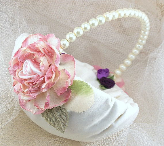 Flower Girl Basket Bridal Basket Wedding Basket Vintage Inspired In