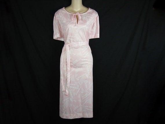 1970's pink geometric tunic dress. keyhole tie, XL. new old stock.