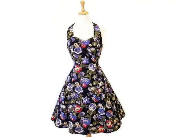 SALE 1980's Halter dress, Sweetheart cotton floral, party dress, rockabilly swing dress Size S