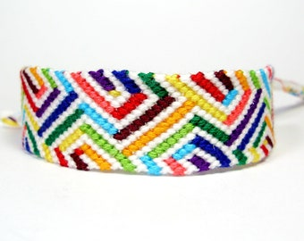 Rainbow Friendship Bracelet - Optical Illusion