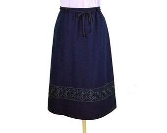 Vintage embroidered skirt, navy blue skirt, boho skirt, tone on tone, dark blue, elastic waist, Size S
