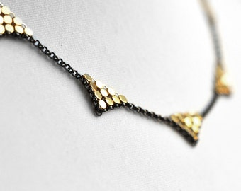 Triangle Station Necklace - Gold