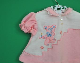 Vintage Baby Girl's Sleepy Bear Shirt- Size 0-3 Months