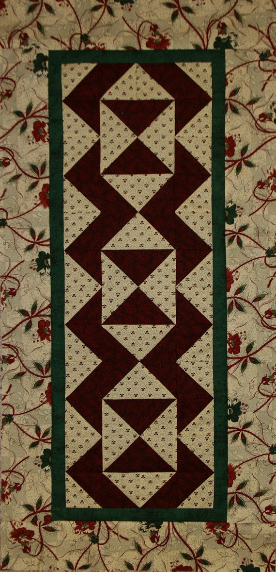 Basket Weave Table Runner Pattern : Christmas woven puzzle runner kit and pattern pieced