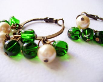Grean vintage inspired Bohemian style earrings - Green Savage - green and ivory pearls antique style earrings