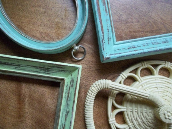 Vintage - Frames - Three Shabby Chic Distressed Frames - One Homco Towel Rack - Cottage Style