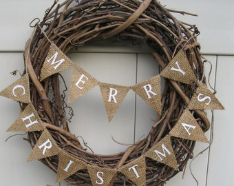Small Christmas Banner, Natural Burlap, Merry Christmas, L044 rustic Christmas wreath bunting