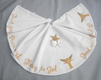 """Limited Edition GLAD TIDINGS 52"""" (137cm) Christmas tree skirt angels New Testament gold scriptures lettering Crabby Chris Original"""
