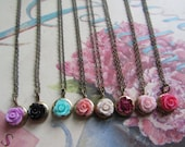 The Perfect Bridesmaid Gift Set, Vintage Lockets a Mix a Color Roses Set of  Eight (8) necklaces, Bridesmaids Gifts