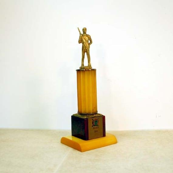 Vintage Archery Trophy / Bakelite Archer Trophy