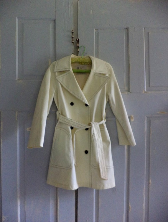 Vintage Trench Coat 1970s Coat Off White Double Breasted London Fog Size Small Medium