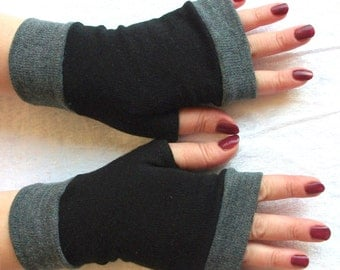 Fingerless gloves  black  with gray cuffs  Completely Lined Simply and reliably