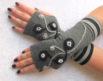 Fingerless  gloves  gray  with embroidery winter gloves