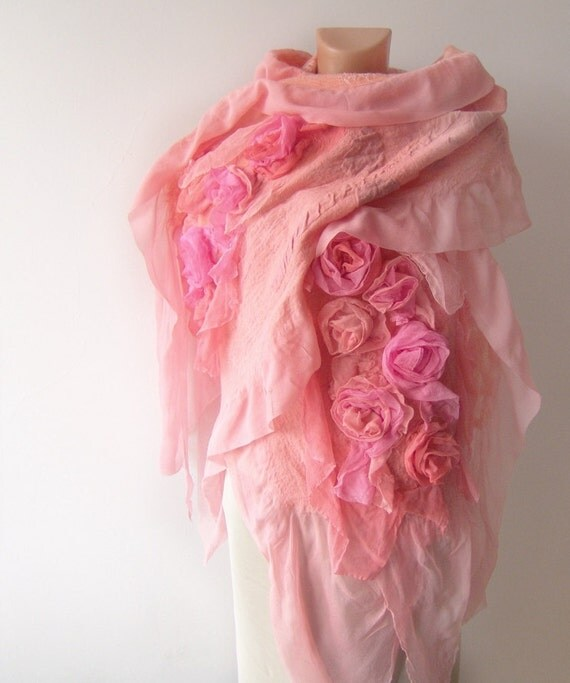 Nuno felted scarf ruffle - coral Rose flower Apricot Pink