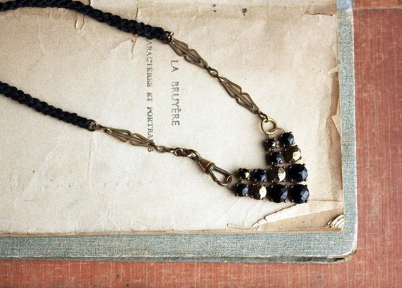 Minuit Necklace - black and gold chevron necklace - hand weaved rope - french vintage inspired